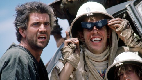 Here's the pilot from Road Warrior playing a different pilot in Beyond Thunderdome. That's some specific typecasting.